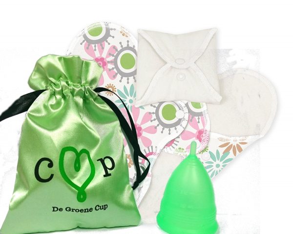 De Groene Cup met 3 wasbare inlegkruisjes